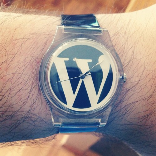 reloj de pulsera wordpress