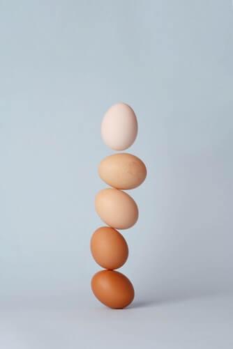Torre de huevos duros